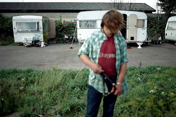 Homeless - Copenhagen - Man with slingshot ||