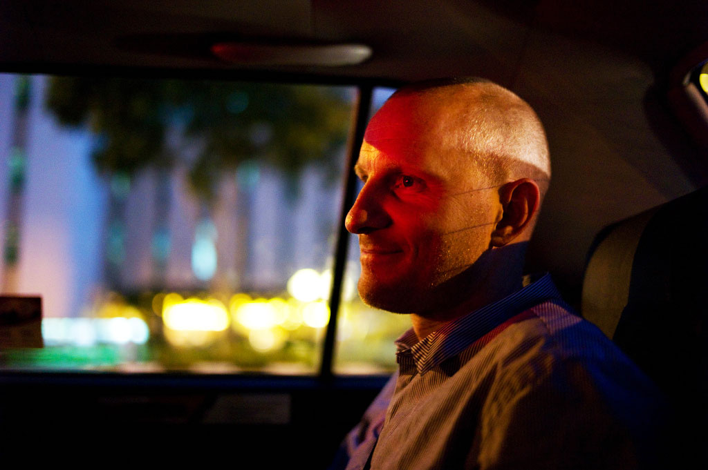 Bjarke Myrthu i bil